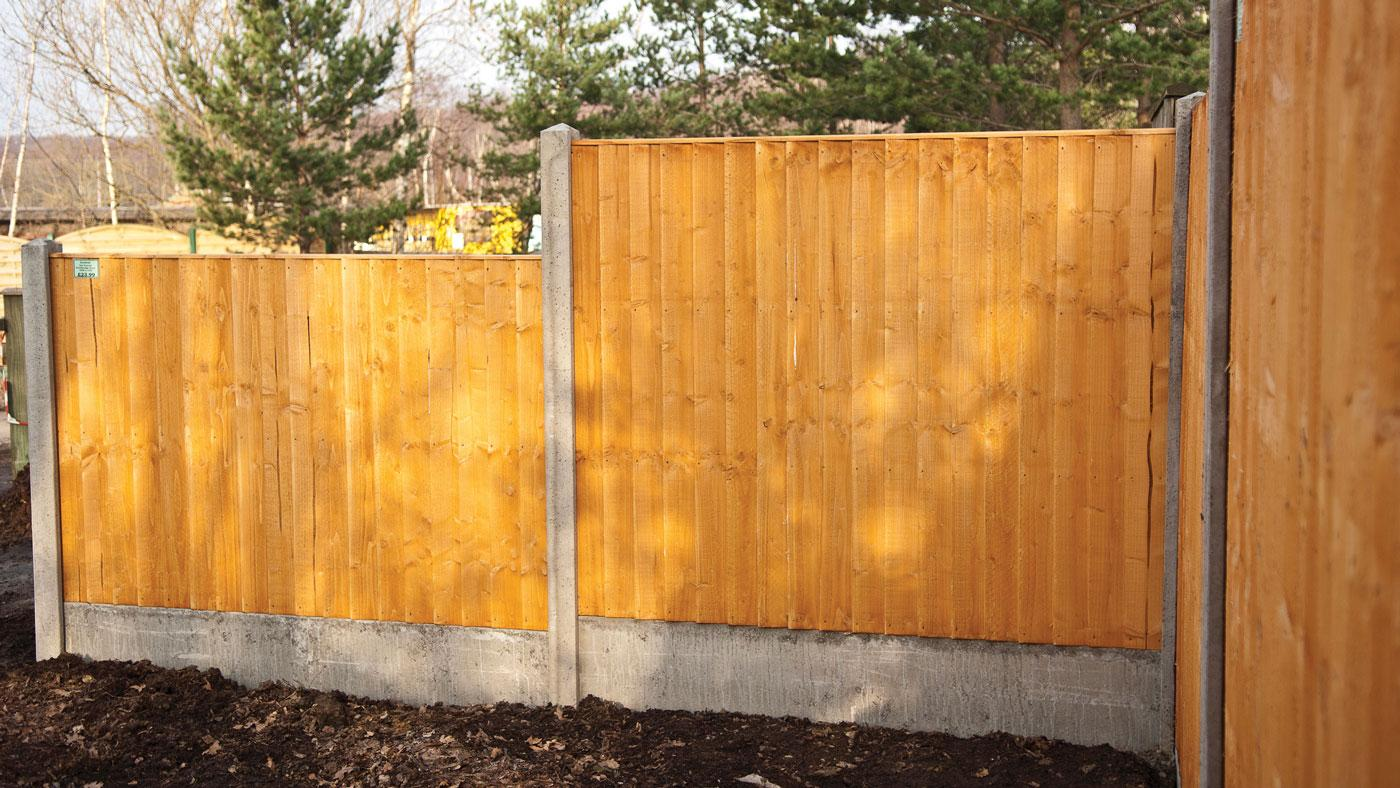 featheredge fence panel earnshaws fencing centres. Black Bedroom Furniture Sets. Home Design Ideas