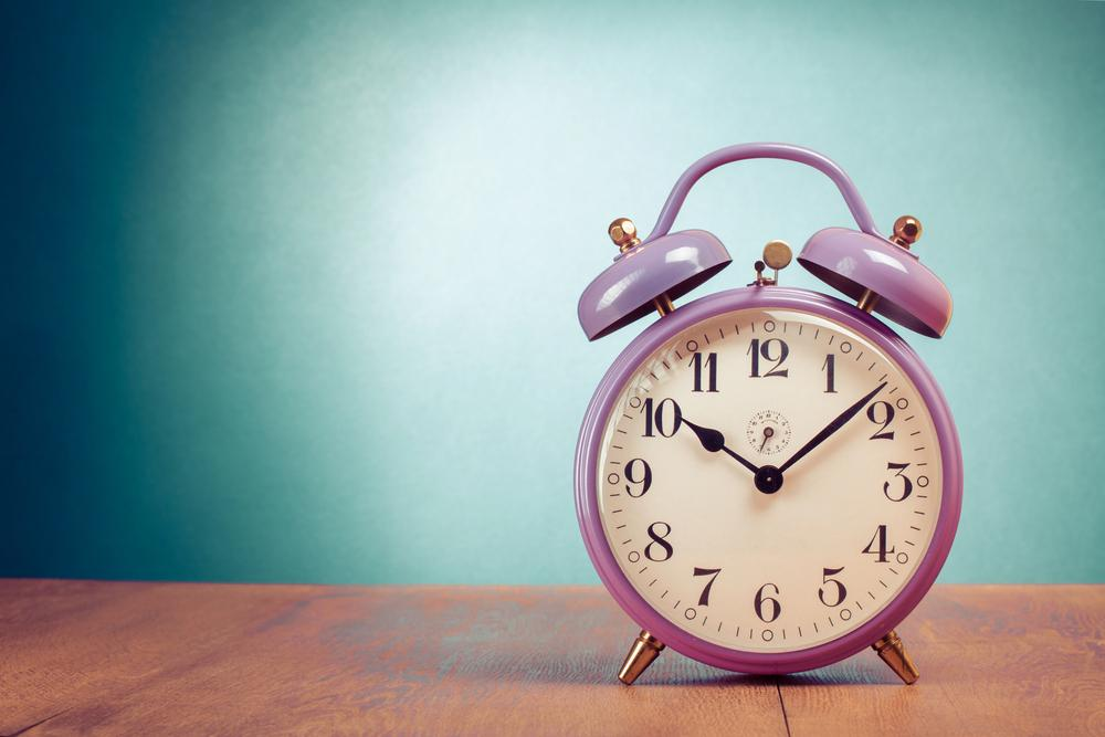 When do the clocks go back 2015?