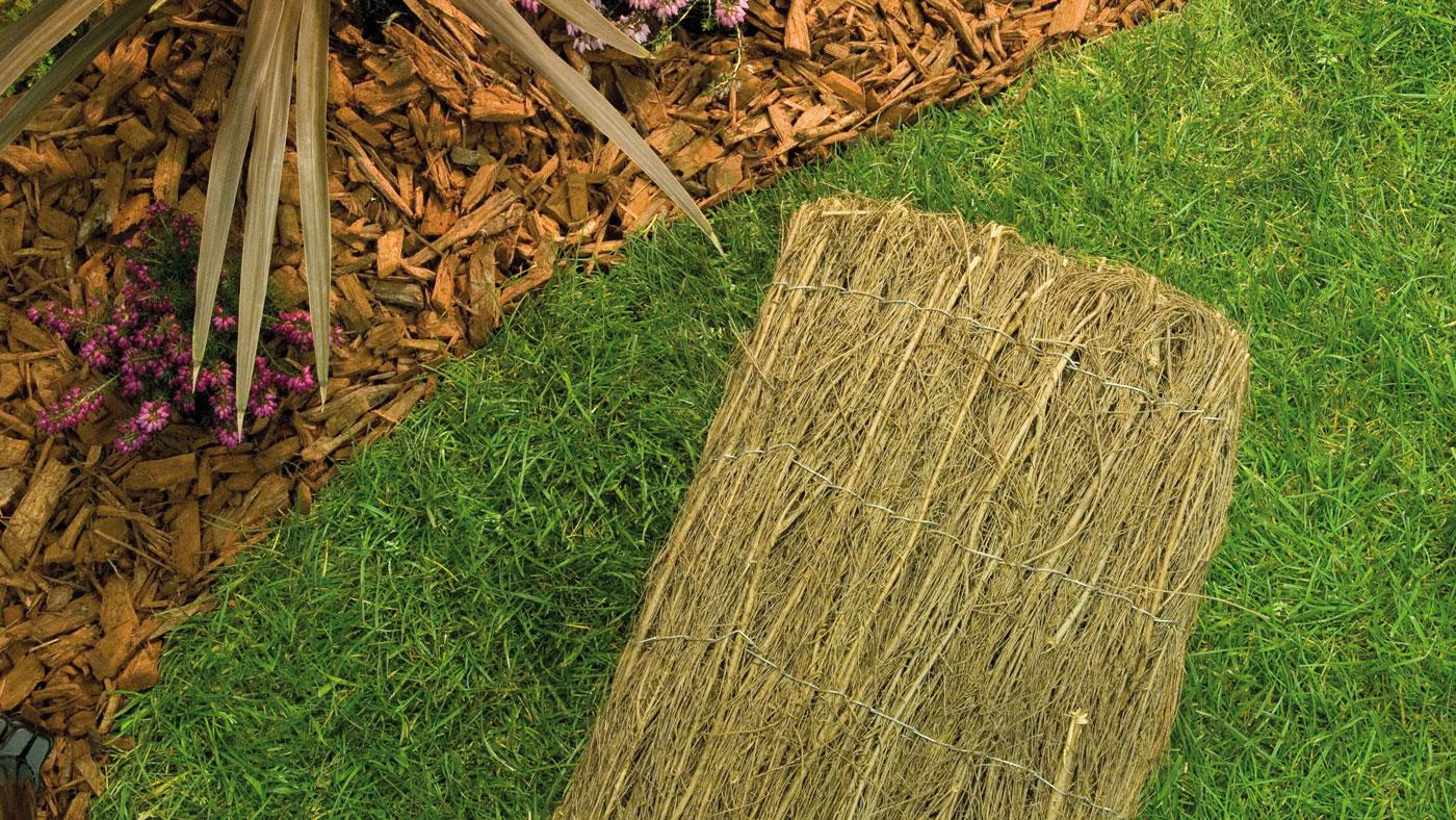 Field Fence Stakes