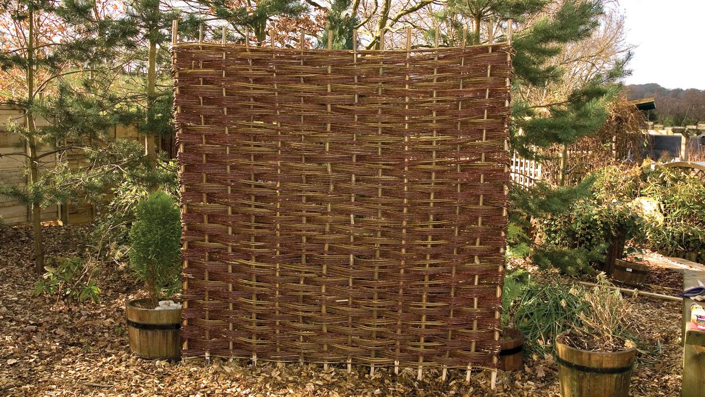 Woven Willow Panels Earnshaws Fencing Centres