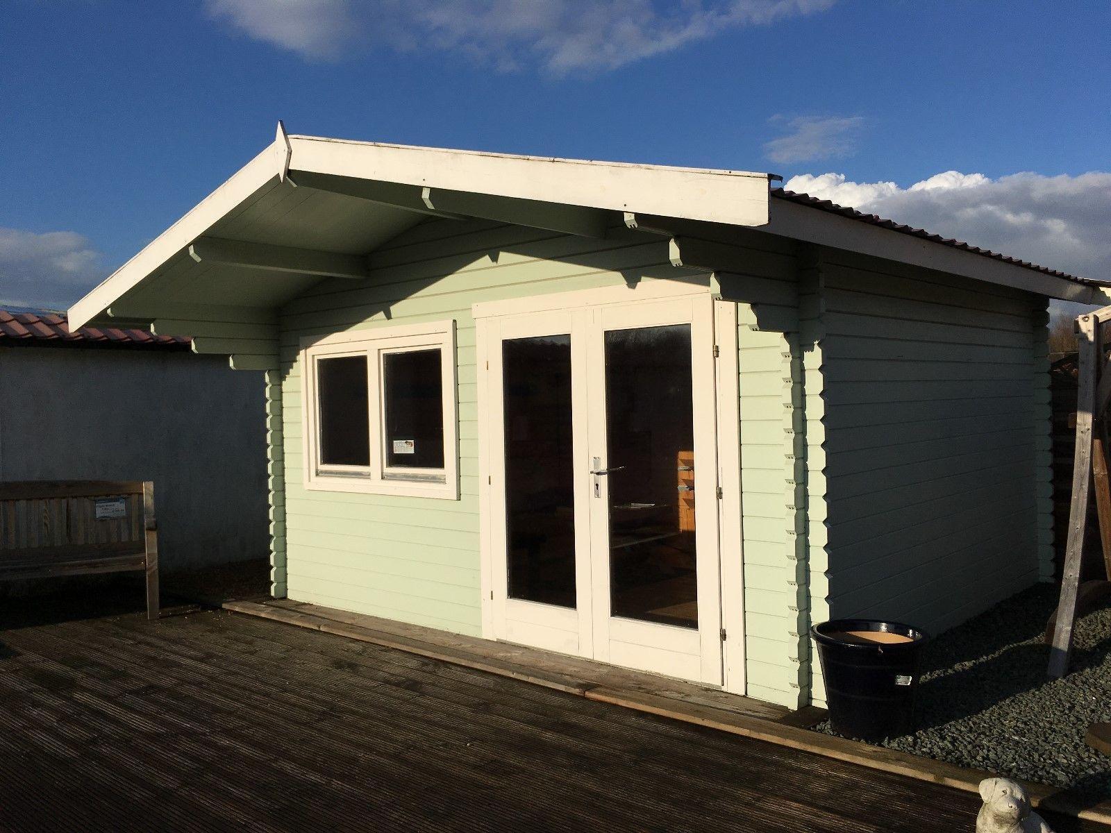 Balmoral Clearance Cabin