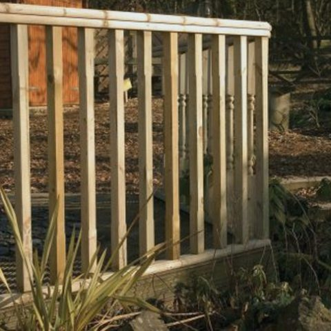 deck framing - Earnshaws Fencing Centre