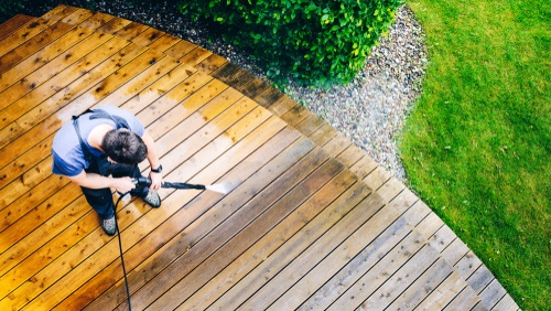 cleaning the deck with Earnshaws