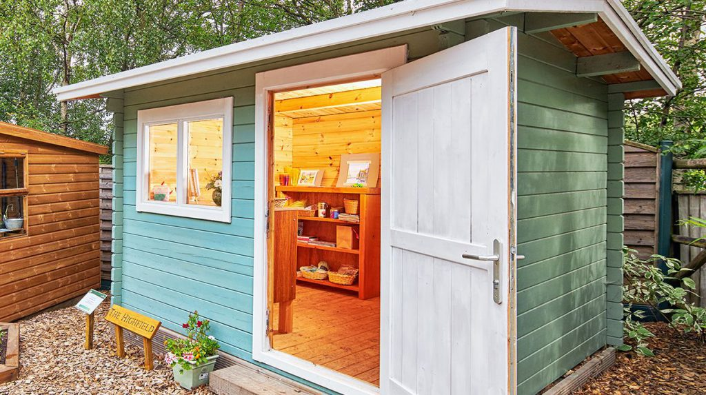 The Highfield cabin, Midgley